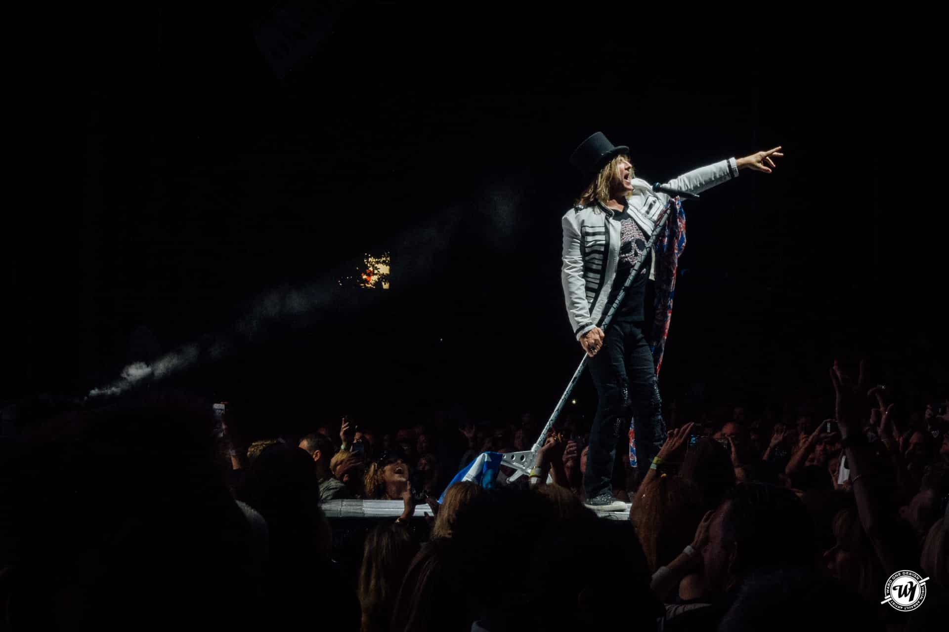 Def Leppard and Poison XXX Tour 2017 - Chicago